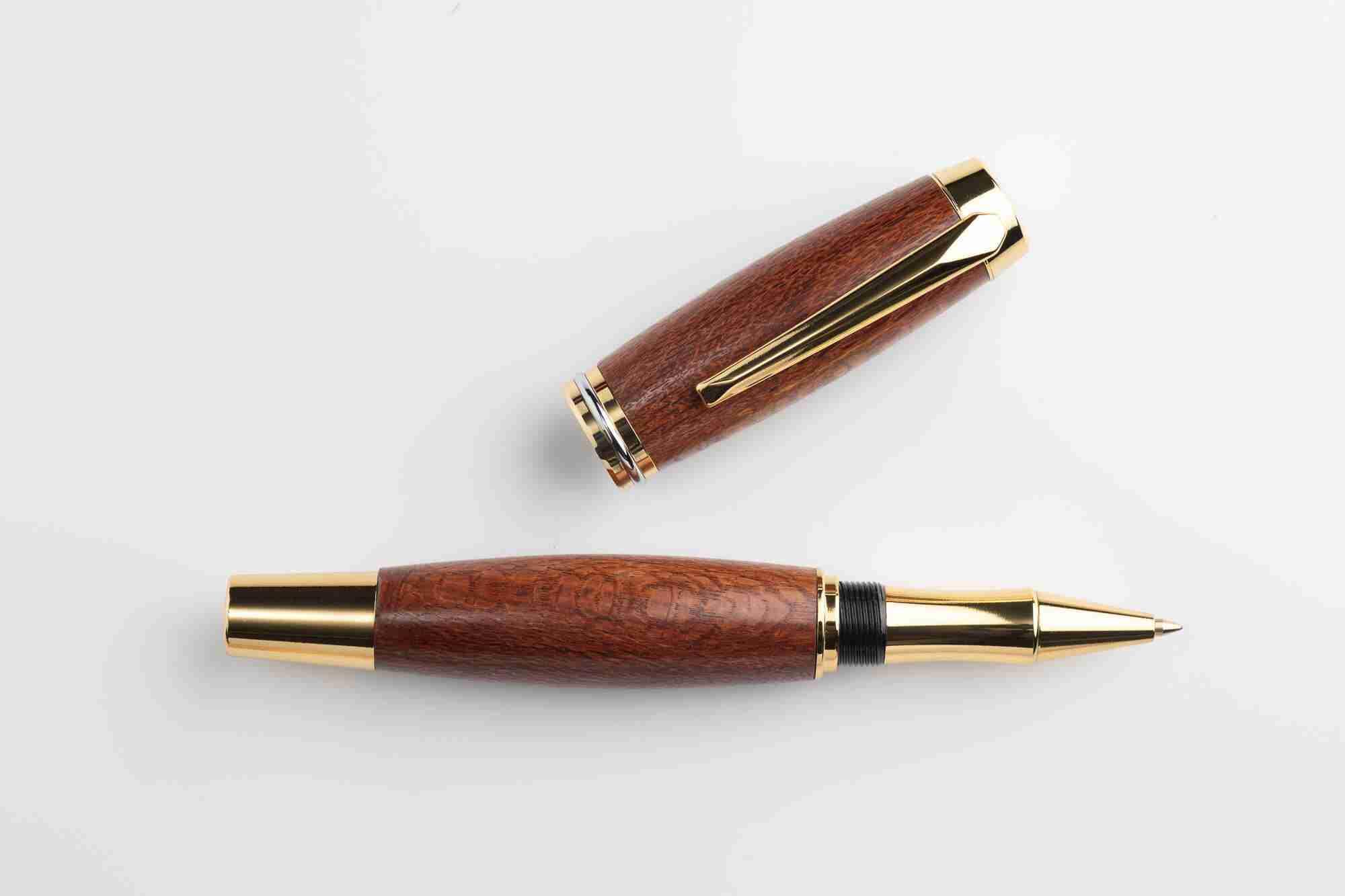 August Pens Dickens Beef Wood