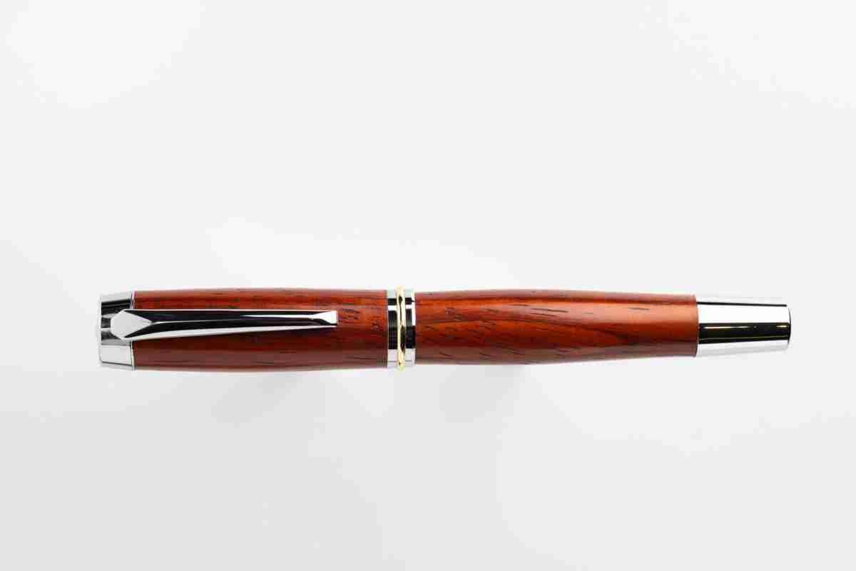 Dickens Paduk Pen